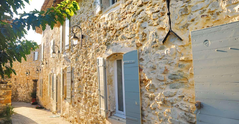 Rue Est d'un hameau de Provence